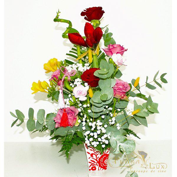 aranjament floral martisor