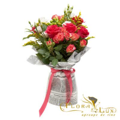 buchet cu trandafiri,minirose,lisianthus